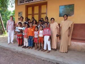 Besuch bei den Kindern in Nellikar im Januar 2013